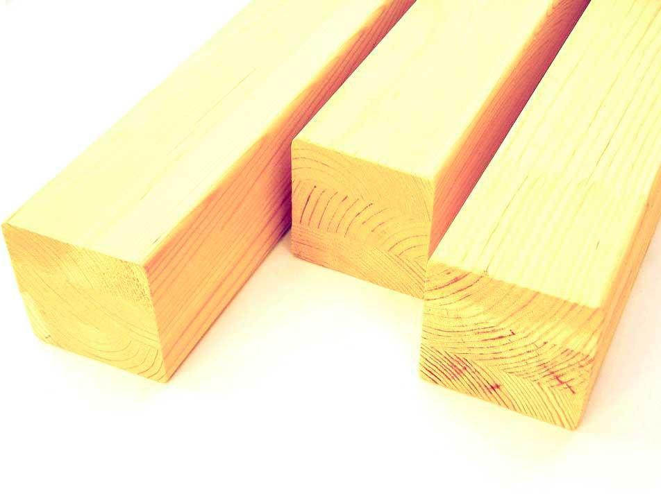 Столб сращенный (сосна) 1с, длина 1,20 м, размеры 90х90 мм для деревянных лестниц