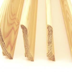 Плинтус художественный срощенный (<b>сосна</b>) 1с, длина 1,7-2,5 м, размеры 18х130 мм