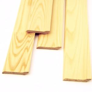 Плинтус ЕВРО срощенный (<b>сосна</b>) 2с, длина 1,7-2,5 м, размеры 15х70 мм