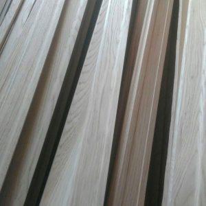 Плинтус ЕВРО (<b>дуб</b>), 1с, длина 1,7-3,0 м, размеры 15х70 мм