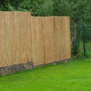 Забор из камыша (рогожки)